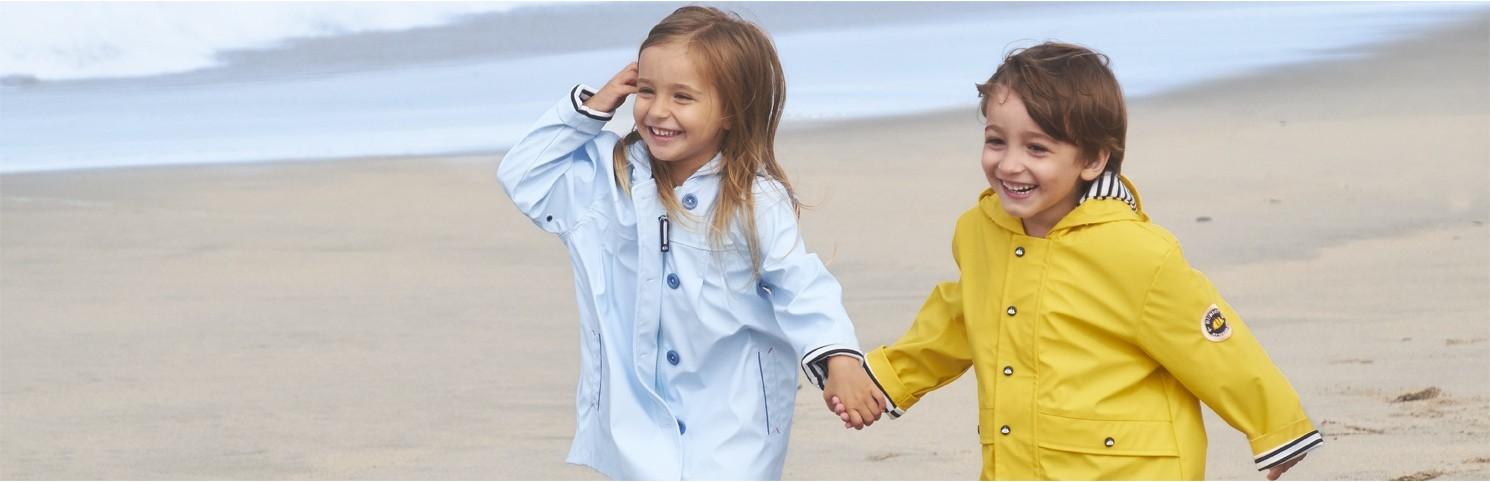 moda marina, niña, hublot, ropa náutica, camiseta rayas, chubasquero, bermudas, pantalones verano hublot