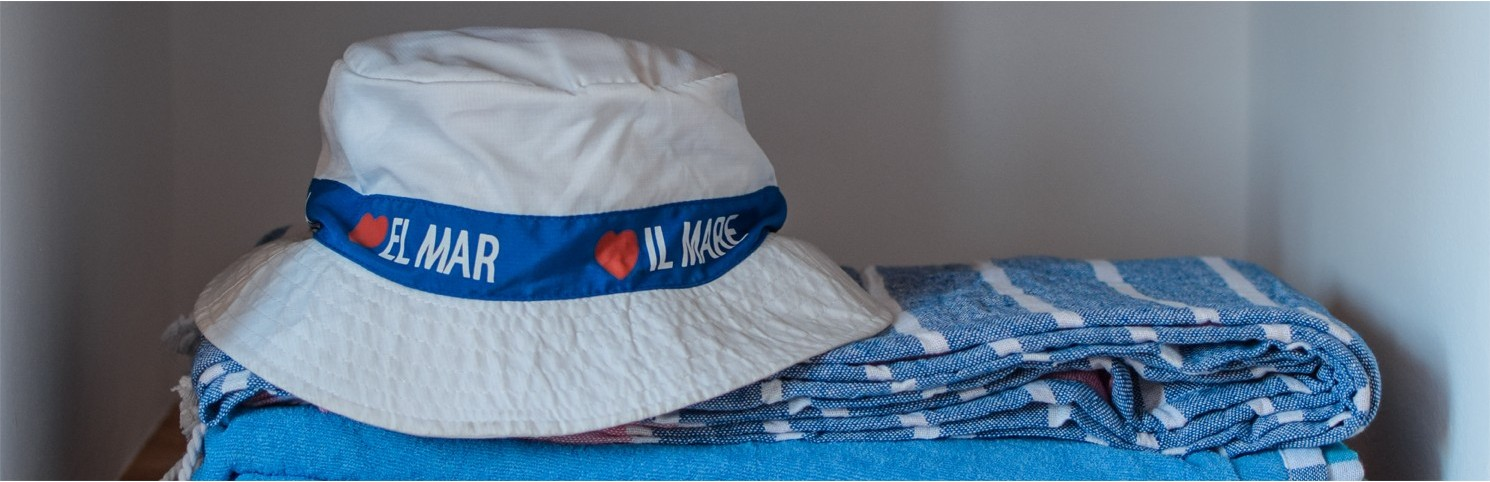 gorras náuticas, gorros marineros, bandanas, pañuelos marinos, hublot, abanicos, accesorios moda